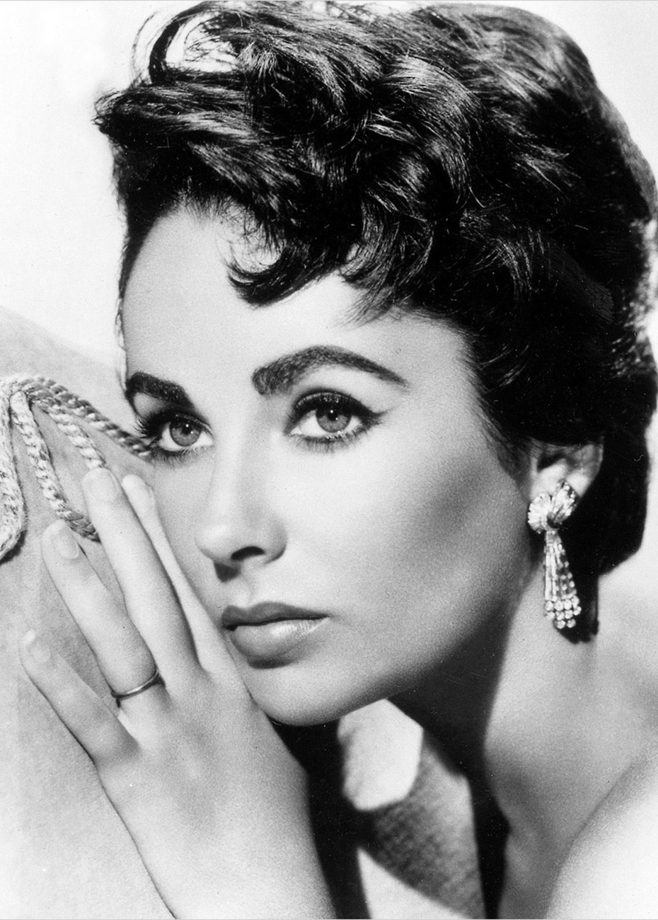 Elizabeth-Taylor-Wallpaper-04